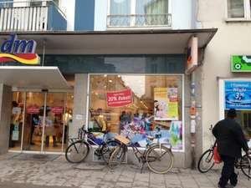 München-Schwabing: dm Ausverkauf 20% Rabatt
