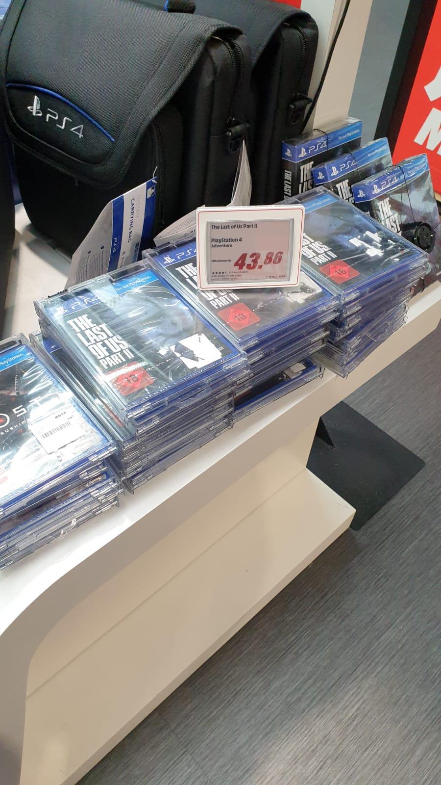 (lokal - Media Markt Rosenheim) Borderlands 3 und CoD: Black Ops 4 (PS4) je für 10