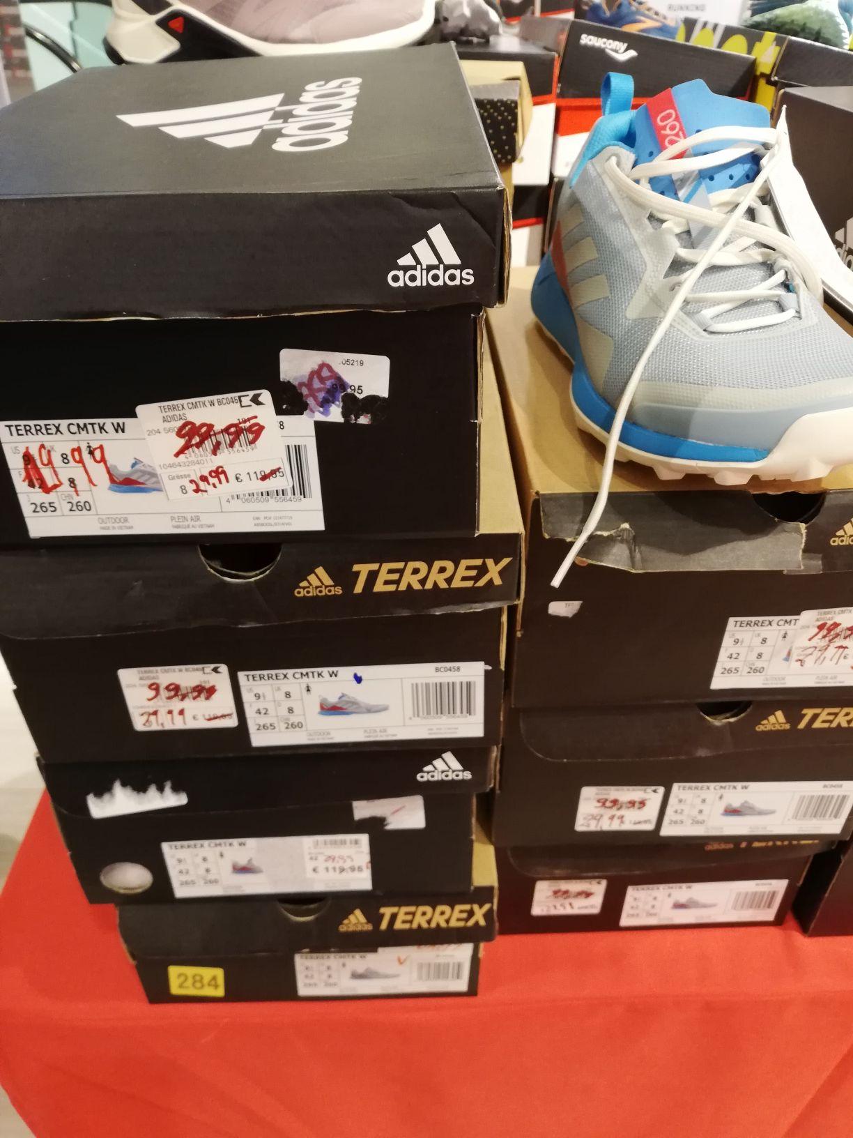 Lokal - Karstadt Sport in Hannover - Adidas Terrex CMTK W Trailrunning-Schuhe