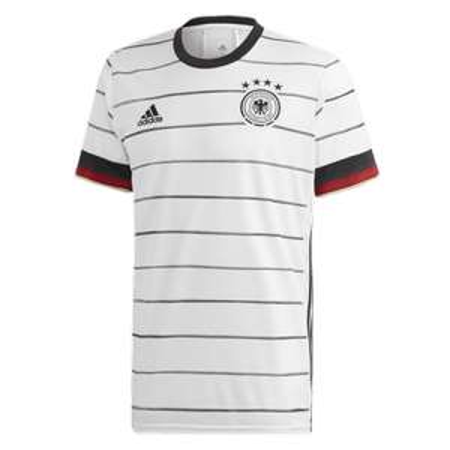 LOKAL Karstadt im Münchner Olympia-Einkaufszentrum - DFB Nationalmannschaft Trikot EM 2021