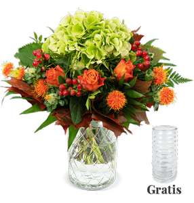 Blumenstrauß Herbstglück mit Hortensie, Rosen, Hypericum und Carthamus