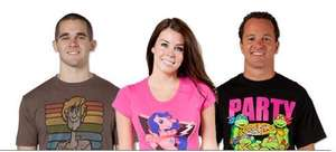 Kultige Fan T-Shirts (z.B. Batman, Superman, Super Mario, Chuck Norris) ab 9,98€ (= 7,55€  zzgl. 2,43€ Versand)