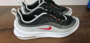 Lokal - Nike Factory Outlet in Herzogenaurach - Nike Air Max Axis