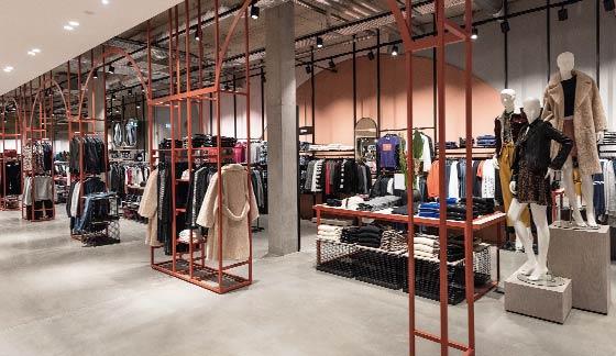 Celine Paris - verschiede Handtaschen in vielen Farben