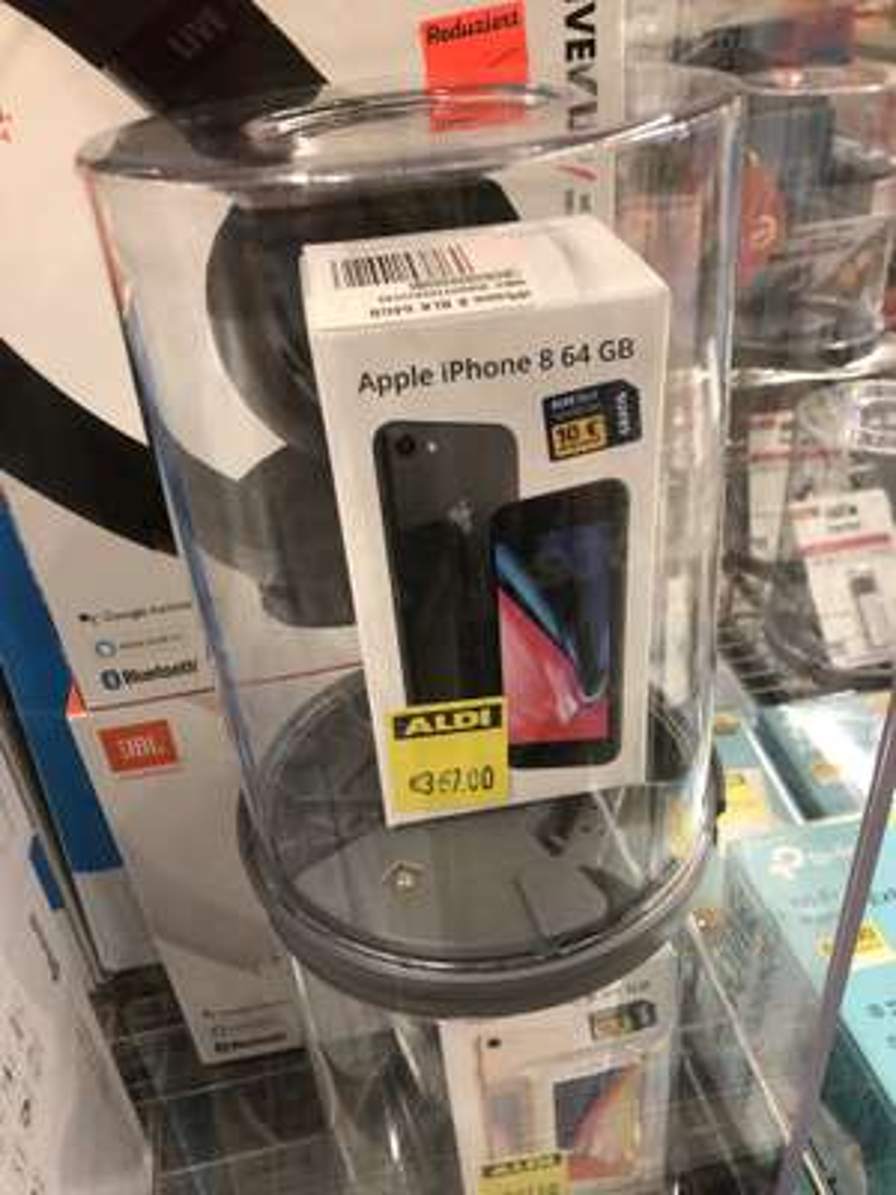 iPhone 8 64GB Lokal Aldi Lindenberg Bucher weg 2, 16356 Ahrensfelde