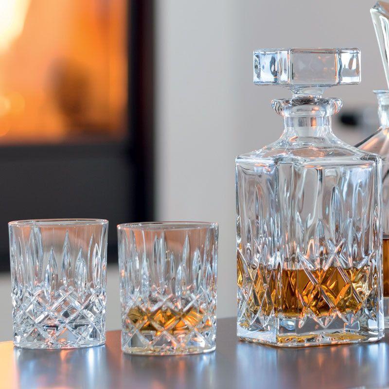 Nachtmann Noblesse Whiskey-Set - Karaffe + 2 Gläser und LED Glühbirne