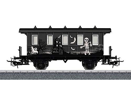 [Amazon Prime] Märklin start up 48620 Start Up Personenwagen Halloween - Glow in the Dark Modelleisenbahn Spur H0