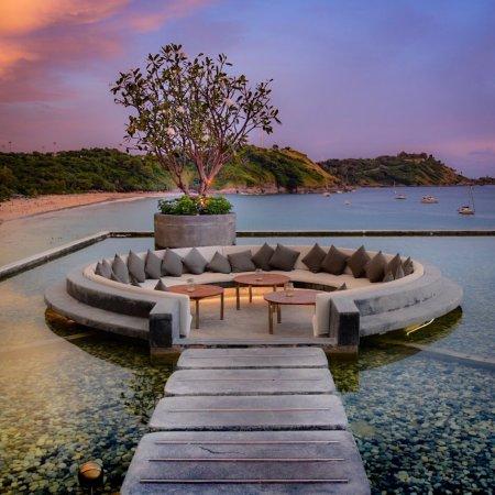 Thailand: 7 Nächte im 5* Hotel The Nai Harn Phuket / Reisezeitraum bis 2022 / gratis Storno / inkl. Frühstück, Massage & mehr