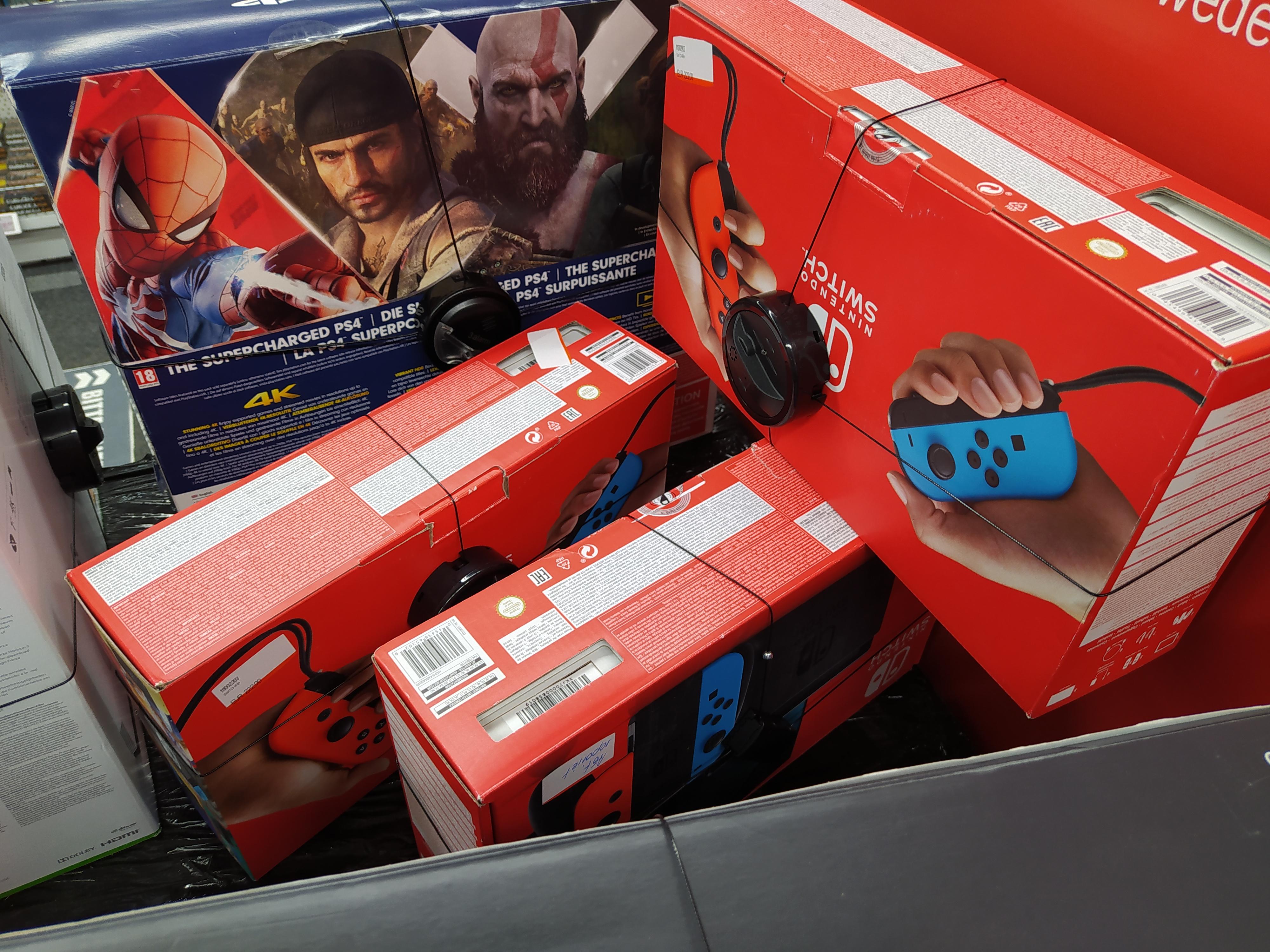 """(Lokal Kassel - Media Markt) - Nintendo Switch Konsole """"B-Ware"""""""