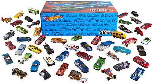 Hot Wheels V6697 - 50er Pack 1:64 Die-Cast Fahrzeuge extra großes Geschenkset, je 50 Spielzeugautos, zufällige Auswahl. 20er Set für 22,99€