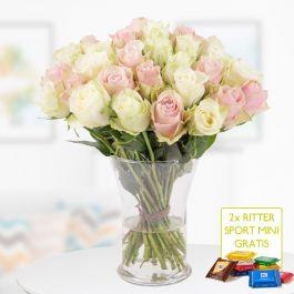 Rosa-weißer Rosenstrauß (40cm) + 2 gratis Mini Schokis (30 Rosen, rosa / weiß gemischt)