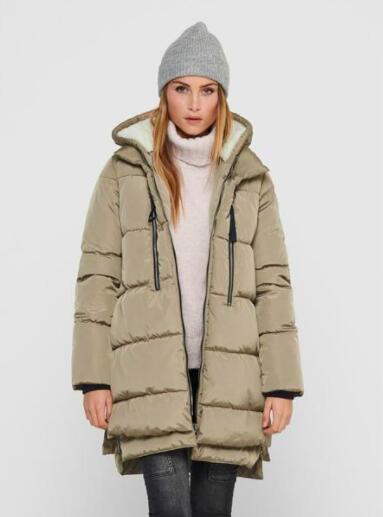30% Rabatt auf die Marken Only und Vero Moda, z.B. ONLNORA Langer Puffer Coat