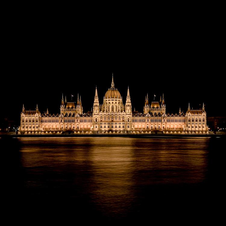 Budapest: Deluxe-Suite inkl. Frühstück im 4* Mamaison Residence Izabella / gratis Storno / bis August 2021 / gegen Aufpreis bis Dezember 21