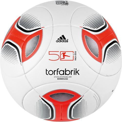 Adidas Torfabrik 2012/2013 für 49,95€ ! Bundesligaspielball bei fanandmore.de, 8%qipu möglich