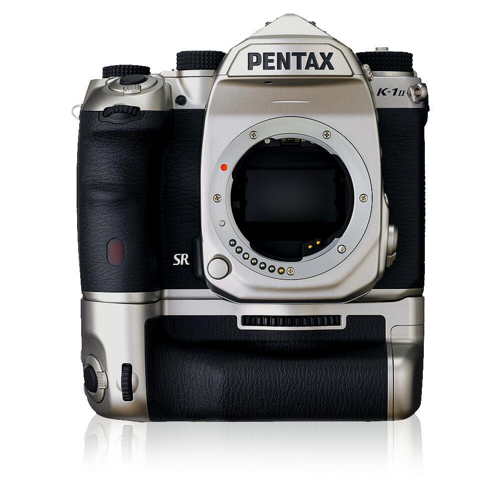 Pentax Kamera & Objektiv Sammeldeal: z.B. Pentax K-1 Mark II Body Silver Edition inkl. Handgriff für 1.784€ statt 2.099€