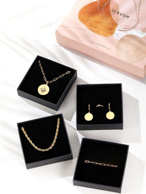 Black Week bei Icrush: Sale mit vielen ausgewählten Ketten, Ringe, Armbänder, Ohrringe und Earcuffs - z.B. Black Week Box