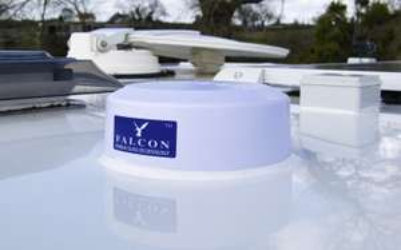Falcon EVO 4G LTE Dachantenne inkl. LTE-Router weiß
