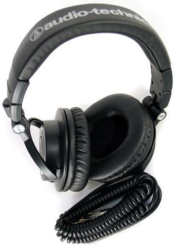 AudioTechnica ATH-M50 Studiokopfhörer (99dB, 3,5mm Klinkenstecker, 1,2m) schwarz