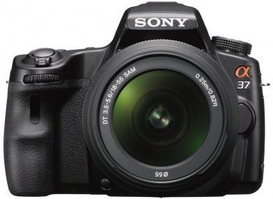 Sony Alpha 37 Kit 18-55mm (SLT-A37K) für 351,21 € @Amazon.it