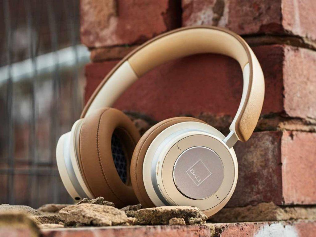 Dali iO-6 & Dali iO-4 Over Ear Kopfhörer