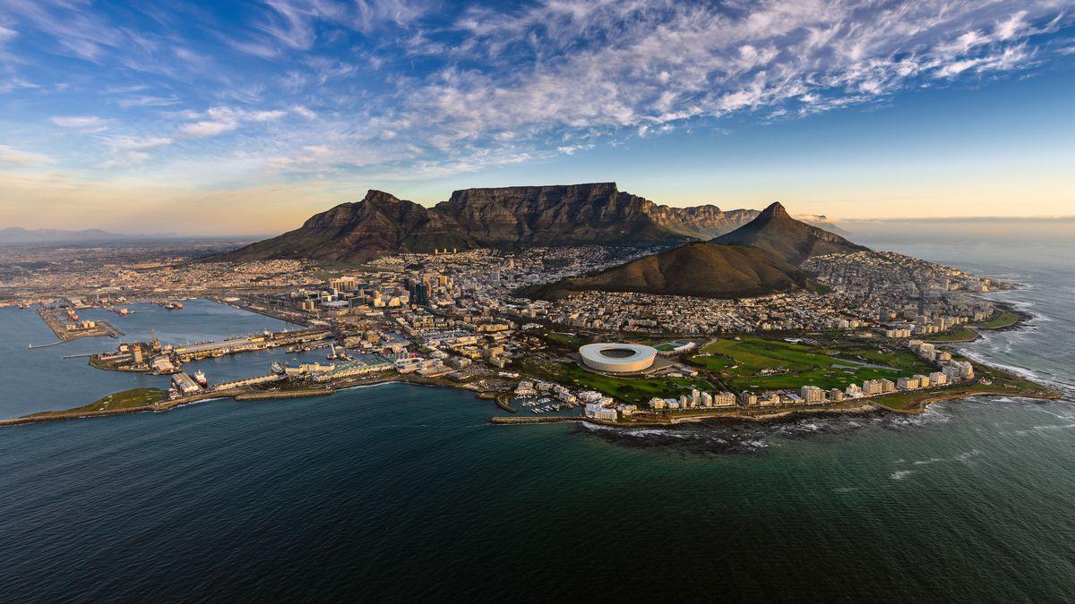 Hin- und Rückflug ab DE nach Kapstadt in 2021 inkl. Gepäck ab 320€