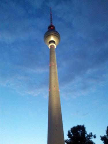 BERLIN Fernsehturm - 20% Ermäßigung auf Tickets / unter 16 = kostenlos