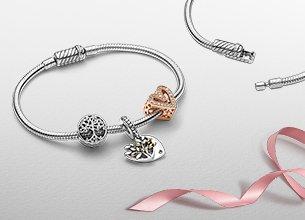 Pandora Armband gestalten (1 Armband + 2 Charms) für 99€