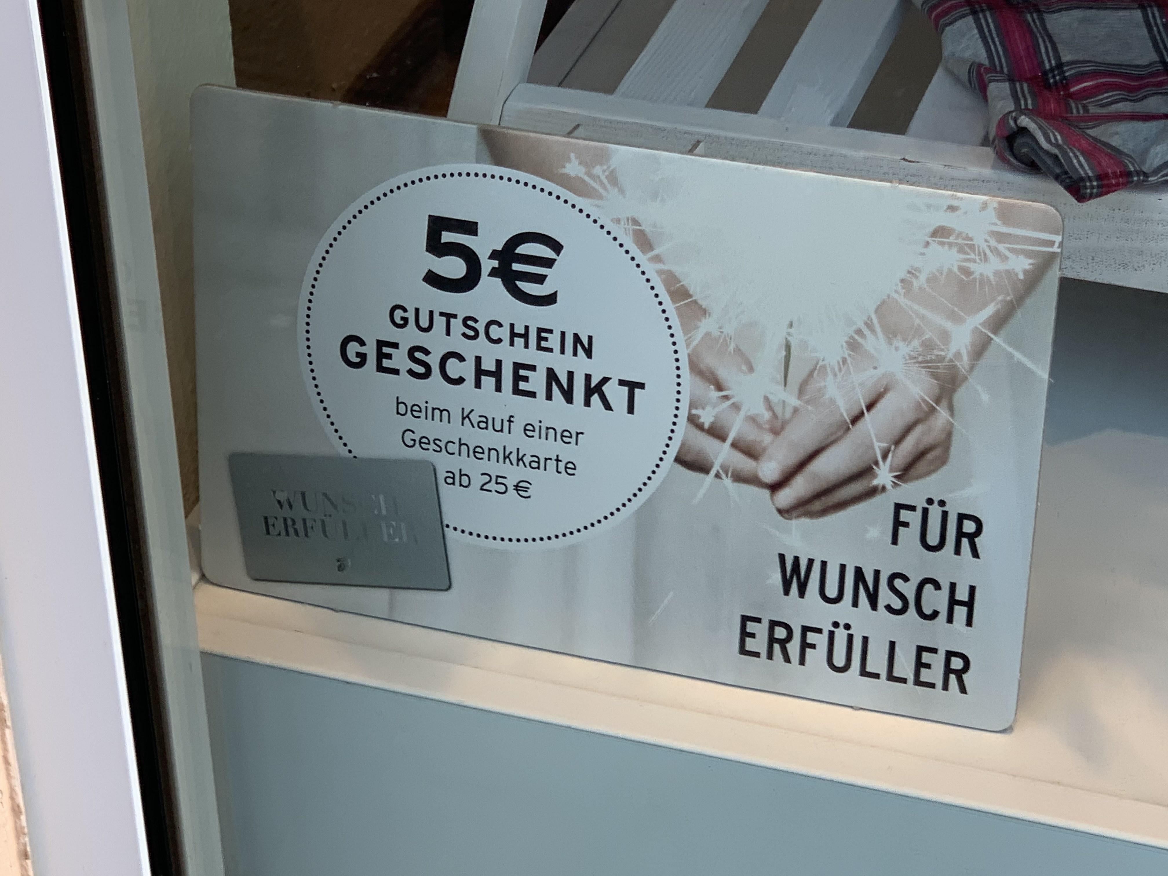 (LOKAL? Berlin Kranoldplatz) Tchibo 5€ geschenkt beim Kauf einer Geschenkkarte ab 25€