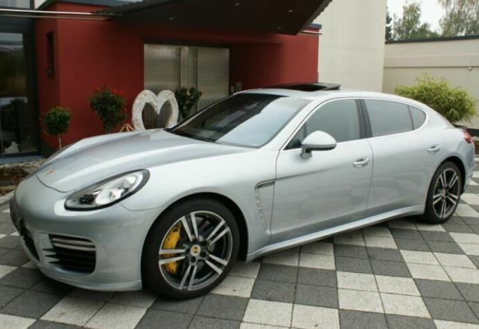 Autokauf: Porsche Panamera Turbo S Executive 4.8 / 570 PS (50Km Laufleistung) für 78481€ / LP: 214000€