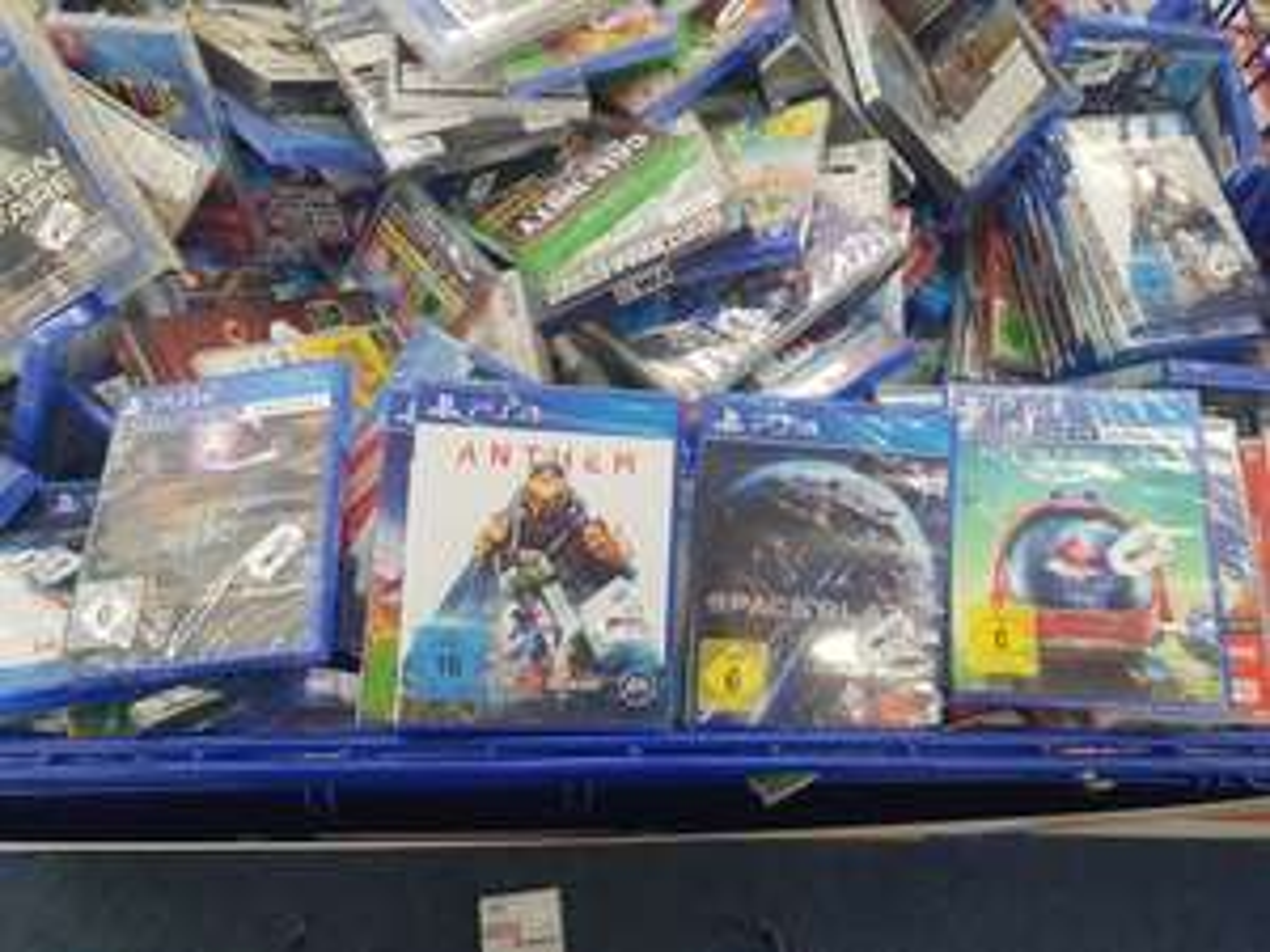 [Lokal Saturn Siegen] PS4 Spiele Blood&Truth VR, Civilization, Resident Evil 2, Golem VR, No Man's Sky Beyond + Nintendo Switch Tetris uvm.