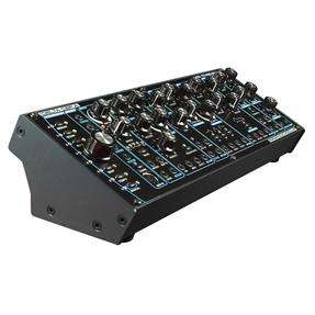 Radikal Technologies Delta CEP A Desktop, Paraphonic Semi-Modular Synthesizer [Musikinstrumente]