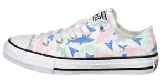 Converse Sneakers für Kinder + Erwachsene im Sale: z.B. Chuck Taylor All Star Shark Bite OX Sneaker Kinder (Größen 33,5 bis 38,5)