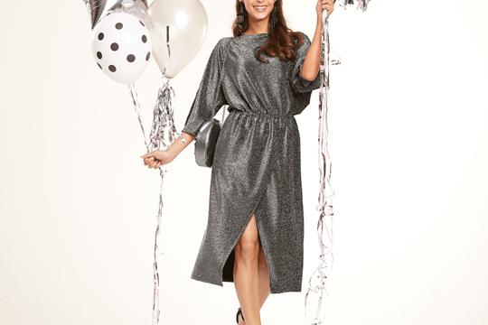 [GRATIS Schnittmuster] BERNINA Blog kostenloses Party Kleid Gitta Schnittmuster nur im Dezember