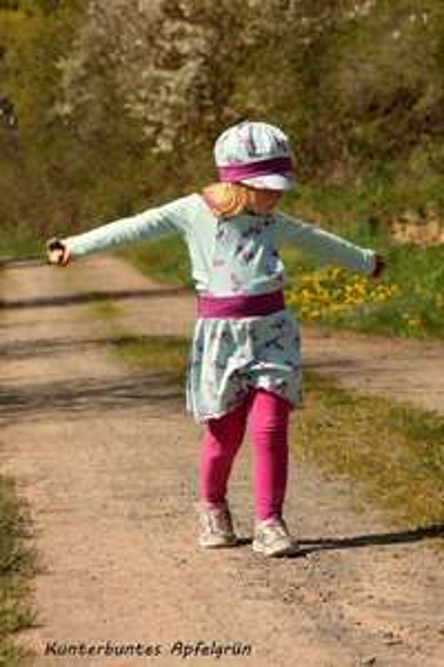 [GRATIS Schnittmuster] Mahalu Design kostenloses Schnittmuster für Kinder Kleid Latzrock Gr. 50 - 134 + 30% im Shop