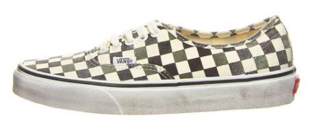 Vans Authentic-Sneaker in verschiedenen Farben für 23,99€/26,99€ zzgl. 4,95€ Versand
