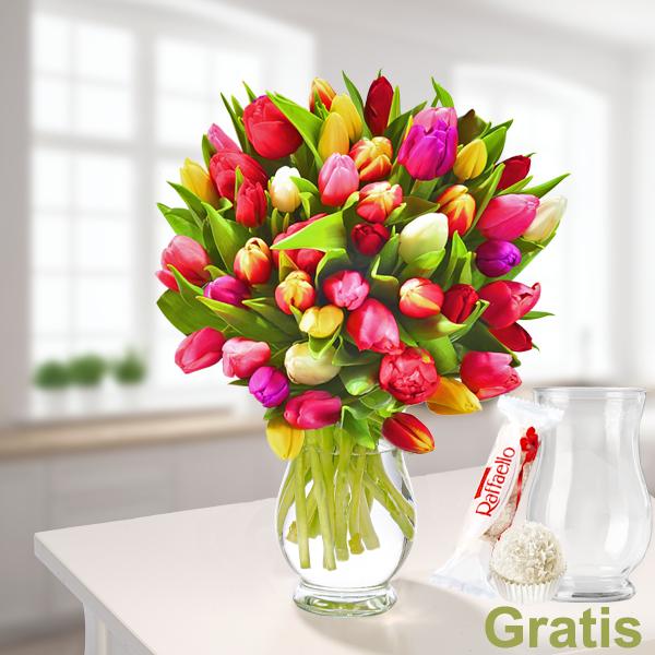 FloraPrima: Tulpen im Bund mit 2 Geschenken (Vase & Ferrero Raffaello)