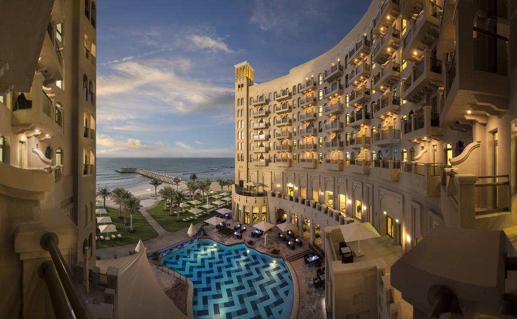 Dubai/Ajman z.B. 14 Nächte (variabel) 5* Hotel Bahi Ajman Palace, Weihnachten/Silvester 21/22 möglich, Kinder gratis 484€/p.P