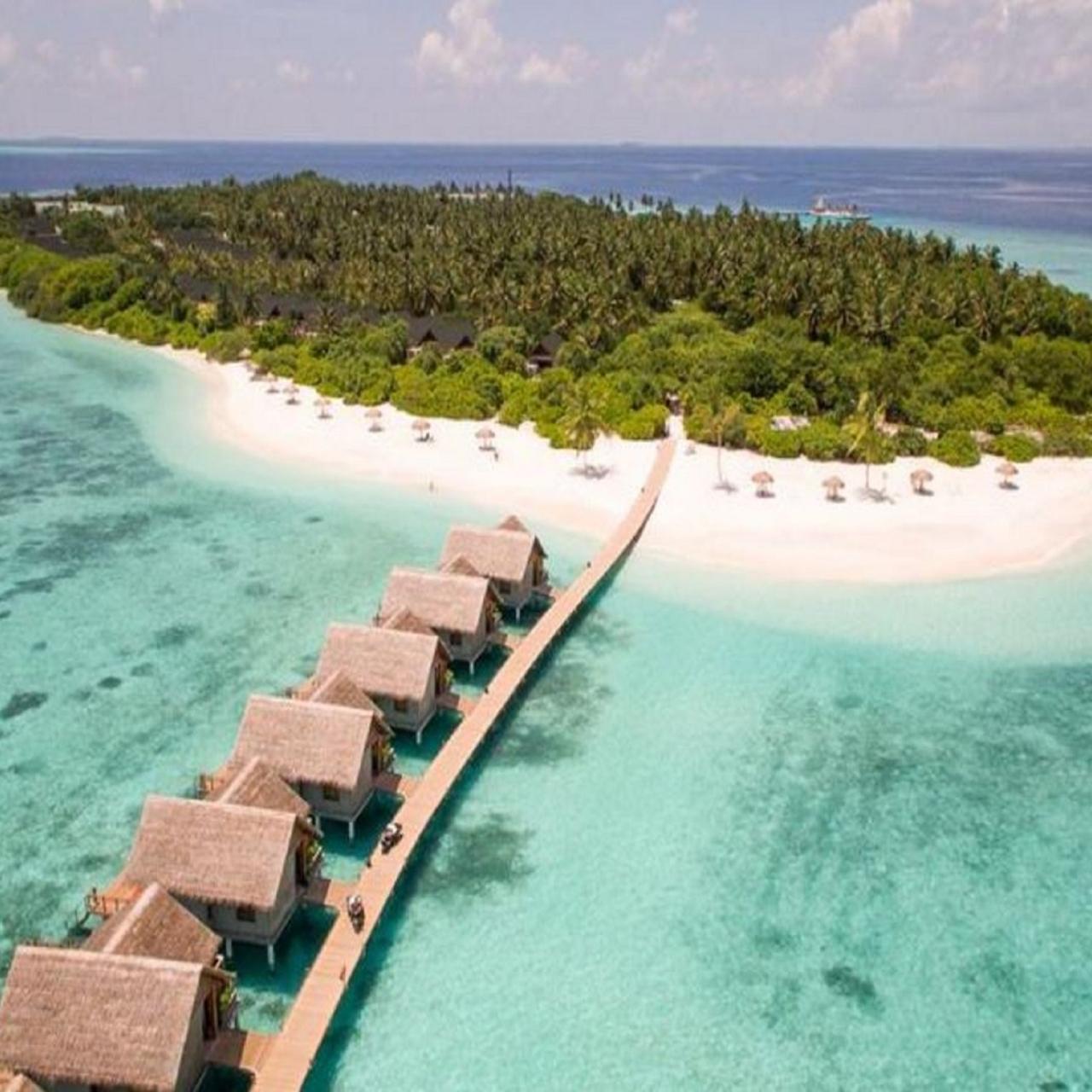Malediven: 5*Furaveri Island Resort & Spa - 5 Nächte & 2 Personen inkl. Frühstück & Extras / bis Dezember 2022 / gratis Storno