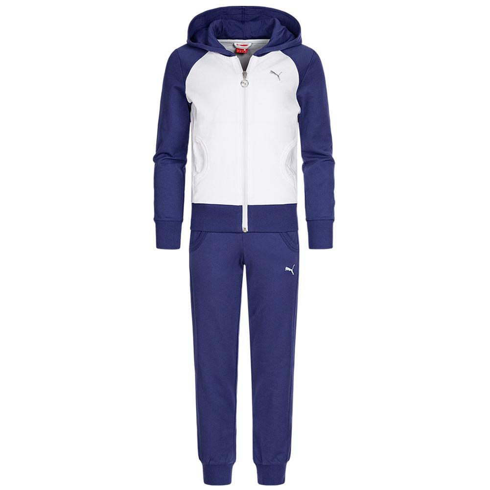 PUMA Kinder Jogginganzug Suit für 16,99€ + 3,95€ VSK (88% Baumwolle, Größe 104 - 176, 3 Varianten verfügbar) [SportSpar]