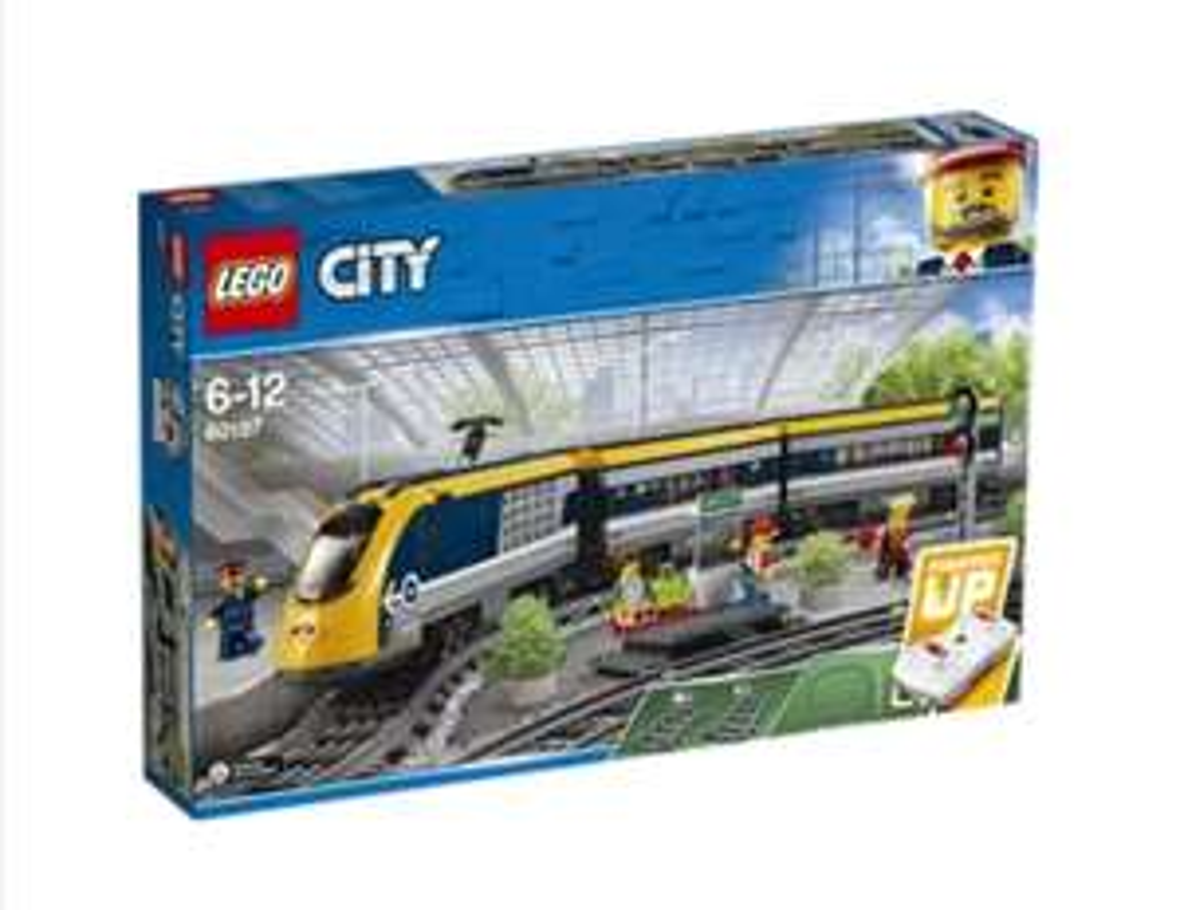 Lego Personenzug 60197