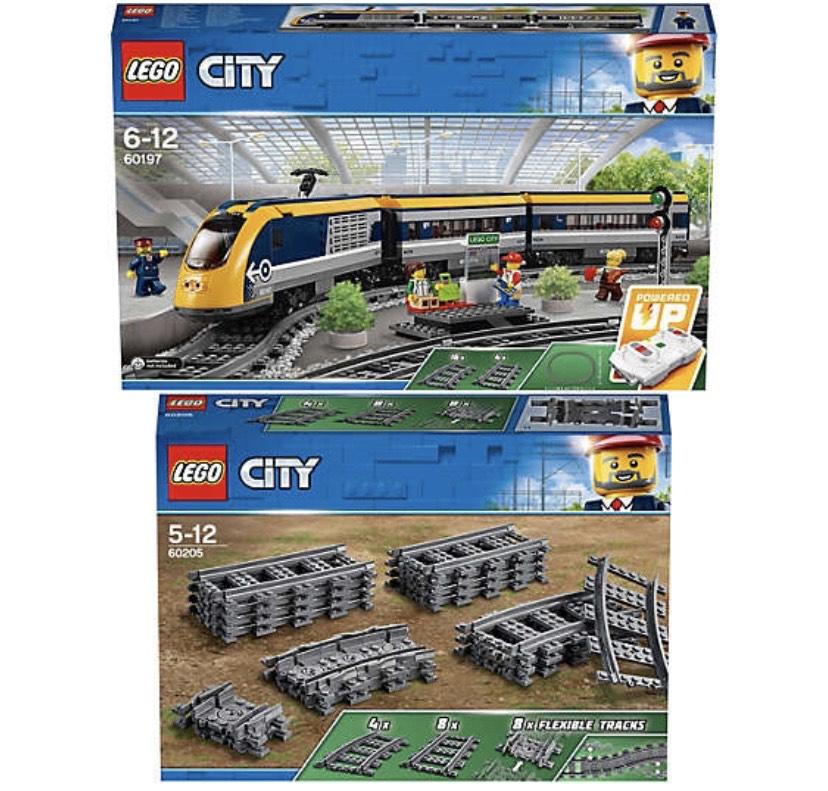 Bundle LEGO® City 60197 Personenzug + 60205 Schienen