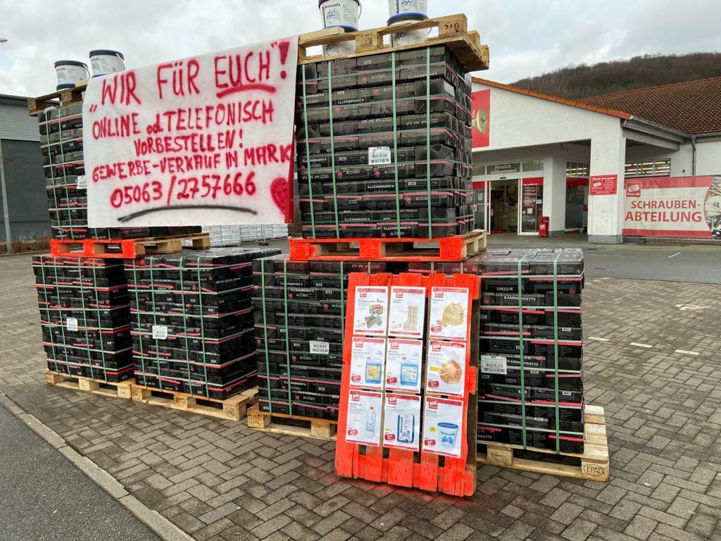 Sonderpreis Baumarkt Kohlebriketts und Weichholzbriketts