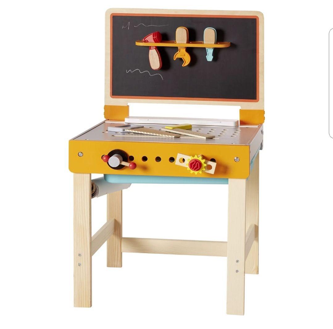 Kinderwerkbank aus Holz mit Zubehör- für zukünftige Heimwerker und Hobbytischler
