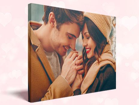 Valentinstag: Foto auf Leinwand ab 6,99€ (40x30cm) + 4,99€ VSK (10,99€ für 60x40cm, 12,99€ für 80x60cm, 20,99 für 120x80cm) - ALDI Fotos