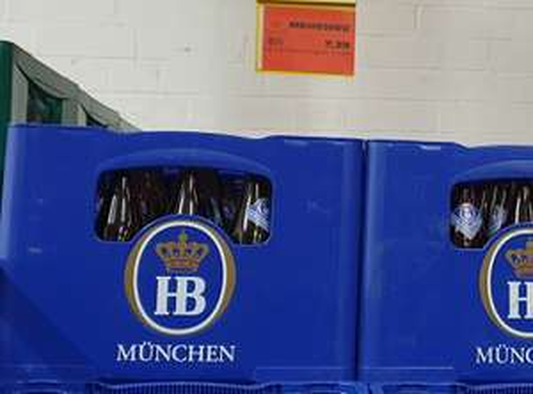 [Lokal Wolfenbüttel] trinkgut - Hofbräu München Winterzwickl, 20x0,5 Liter, 5,5% / Einbecker Winterbock 6,39 EUR / Leikeim 6,89 EUR