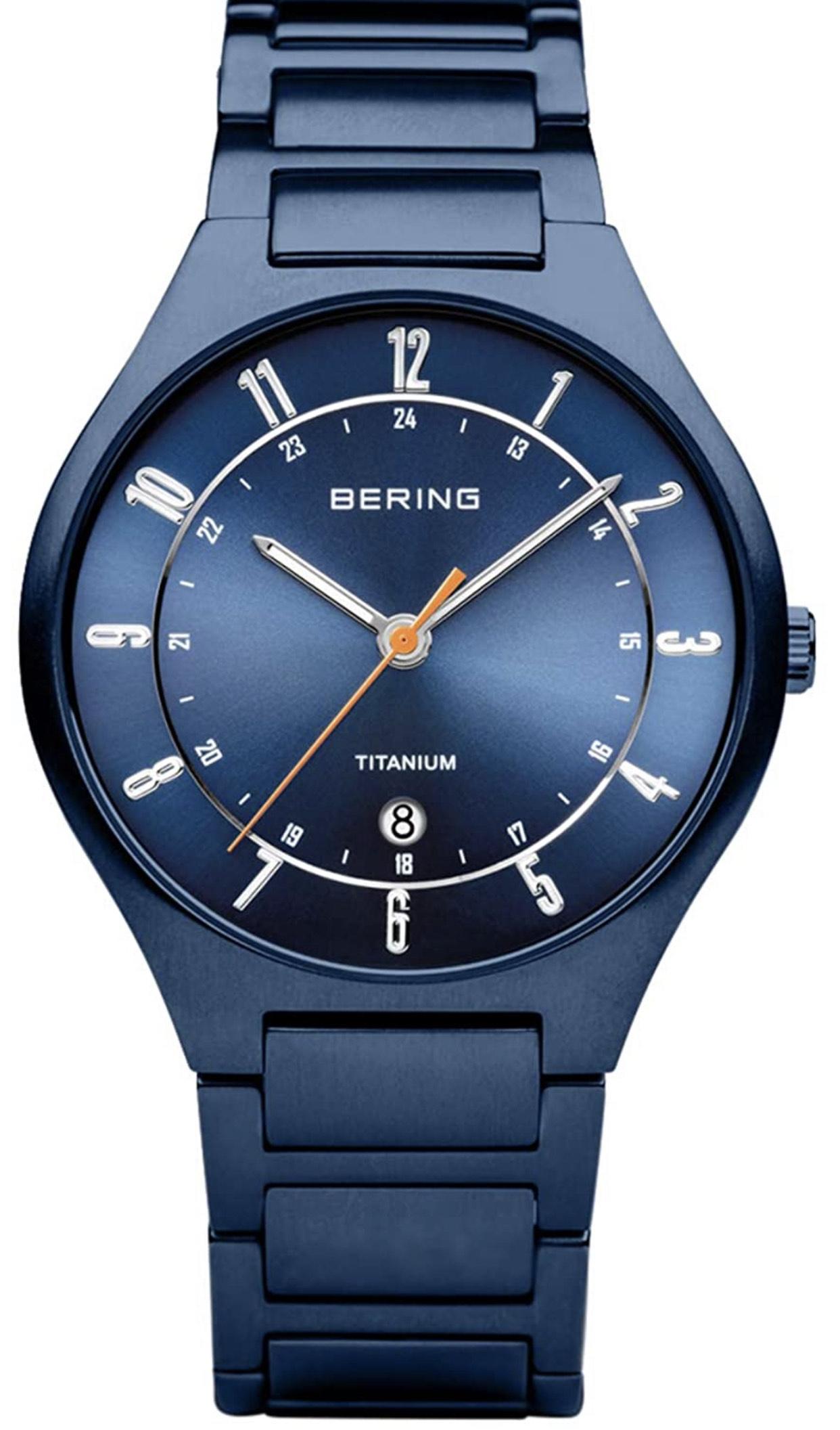 BERING Herren Analog Quarz Uhr 39mm mit Titan Armband 11739-797 Saphirglas 5ATM