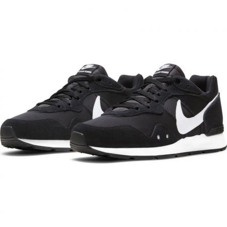 Nike Venture Runner Sneaker für 36,90€ (Sport-Müller)