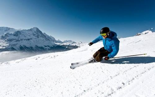 3 Tage Skipass für die gesamte Jungfrauregion mit 2 Hotelübernachtungen für 2 Personen ab 370 Franken (304€)