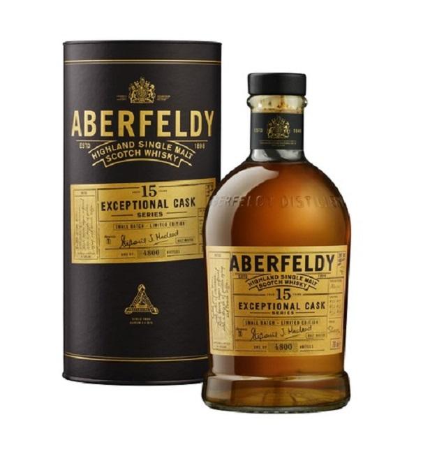 Whisky-Sammeldeal (D12): Aberfeldy 15 Exceptional Cask, Glenfarclas 2000/2018 Family Cask, und weitere Single Malt Whiskys
