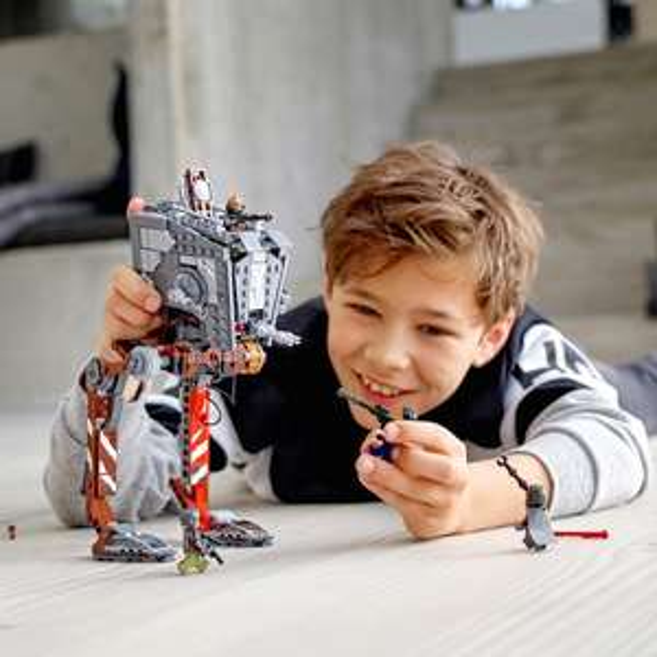 Smythstoys.de NUR ONLINE - 75254 Lego AT-ST für 46,99€ + 10280 Botanical für 49,99€ UVP (SELTEN VERFÜGBAR)